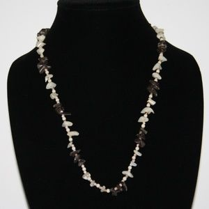 Beautiful vintage shell necklace 24""